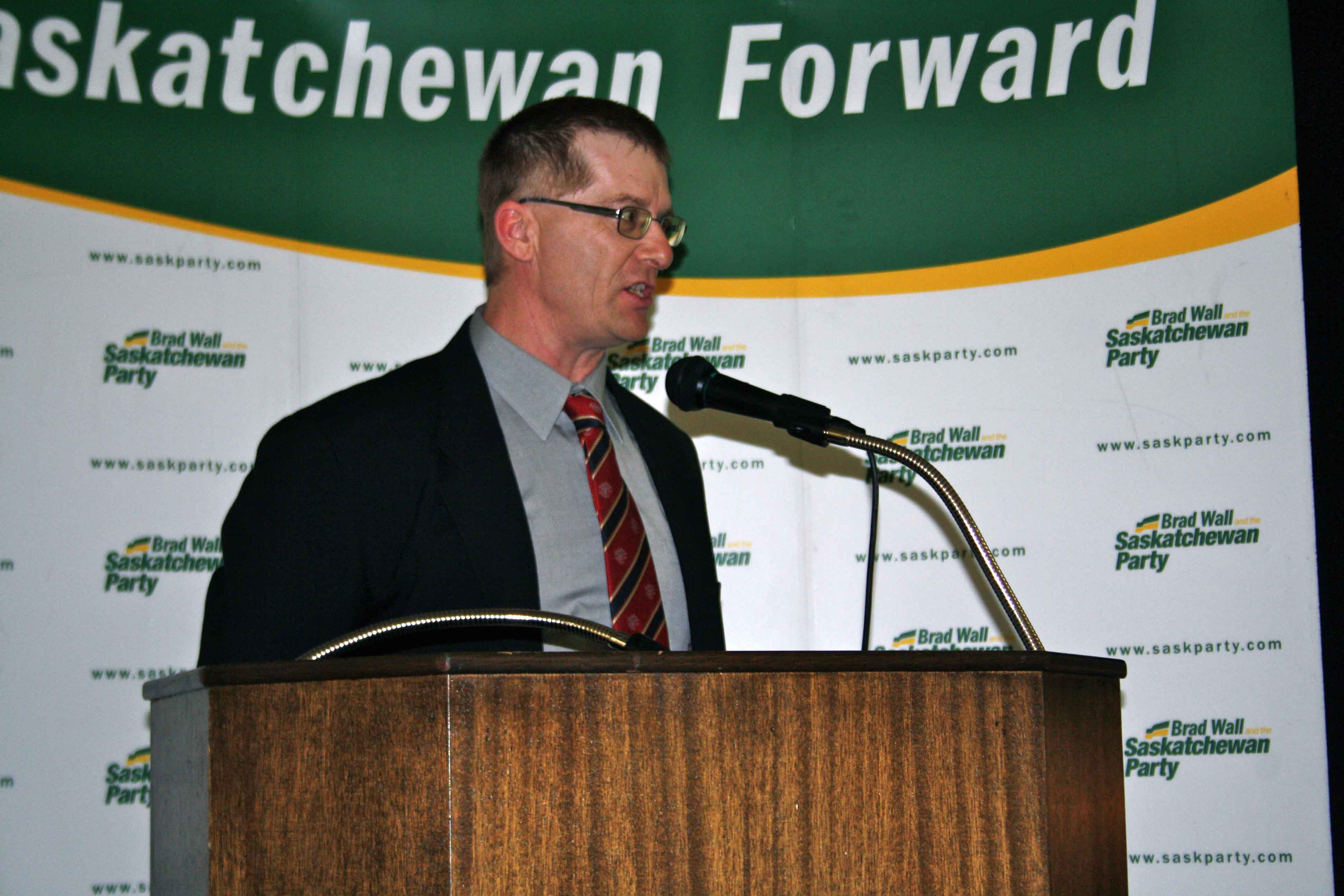 Speaking at a SaskParty Fundraising event